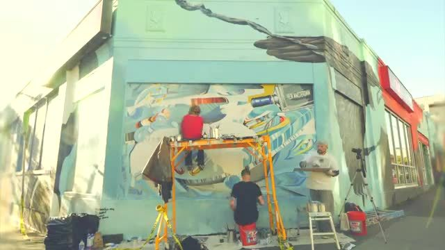 "Seattle street artist John Osgood paints mural for New Amsterdam Vodka ""It's Your Town"" campaign"