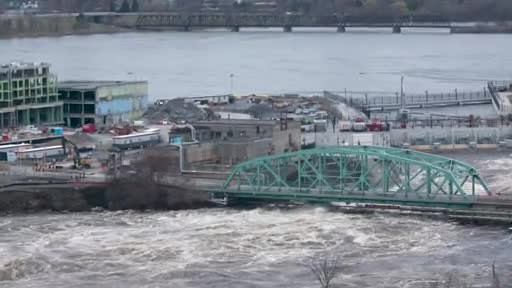 Chaudiere crossing