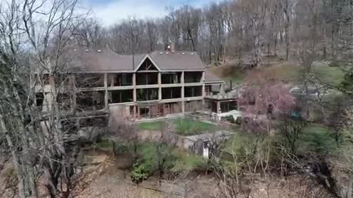 New Jersey Estate on 10 Private Acres Heads to Luxury Auction® May 18th