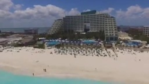 """""""¡Viva México!"""" Features Team of Vloggers and Hosts Exploring a Variety of La Colección Resorts by Fiesta Americana."""