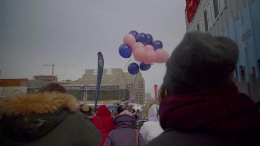 Dans une ambiance festive, Soupe pour elles a rassemblé une foule le 27 février dernier à l'esplanade de la Place des Arts. L'événement venait en soutien aux femmes en difficulté.