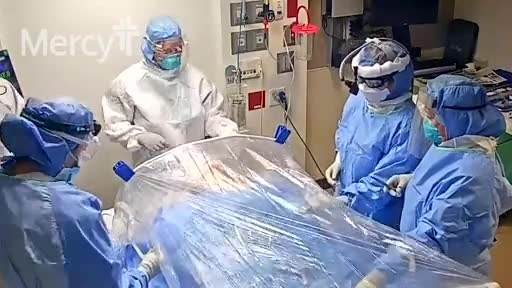 Mercy team creates bubble for COVID-19 surgery.