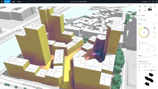 Demonstration of Spacemaker evaluating urban design options based on integrated analysis and AI.