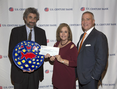 In the photo, from left to right are: Mitchell Kaplan, recipient of the 2016 ArtesMiami Lydia Cabrera Award; Aida Levitan, President of ArtesMiami; and Luis de la Aguilera, President & CEO of U.S. Century Bank, the Presenting Sponsor of the October 14th event.