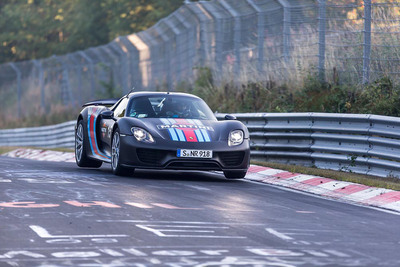 Porsche 918 Spyder Tops Global Debut with New Nurburgring Record.  (PRNewsFoto/Porsche Cars North America, Inc.)