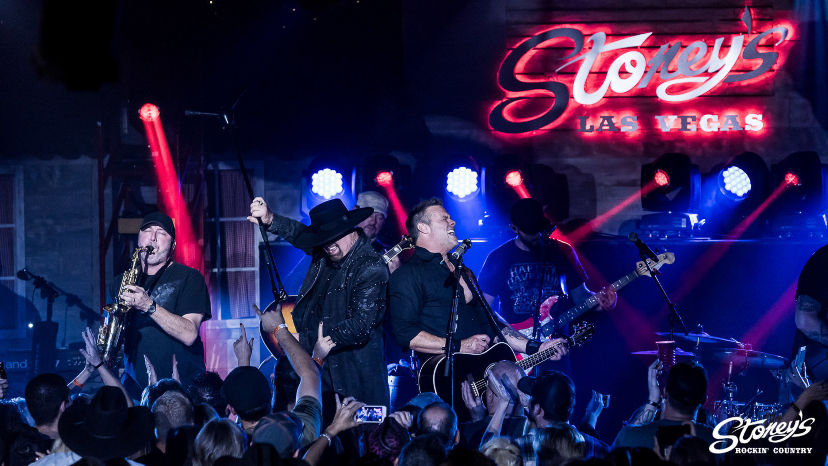 Montgomery Gentry put on an amazing show to a sold-out crowd at Stoney's Rockin' Country.