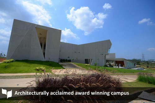 Architecturally acclaimed award winning campus (PRNewsFoto/MYRA School of Business)