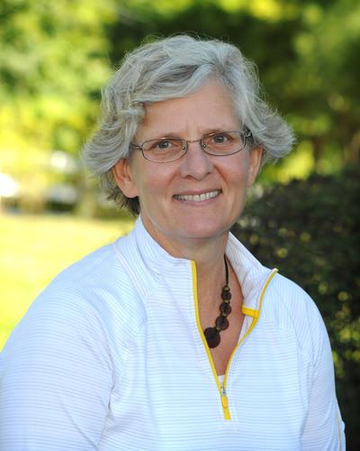 GSB Middle School Science Teacher Teri Cosentino of Brookside, N.J. (PRNewsFoto/Gill St. Bernard's School) ...
