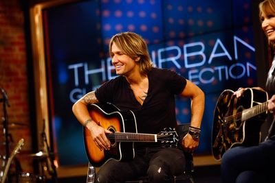 Keith Urban Rocks HSN with Sellout Guitar Debut, selling more than 20,000 of his Limited Edition URBAN Guitar Collection Guitars.  (PRNewsFoto/HSN)