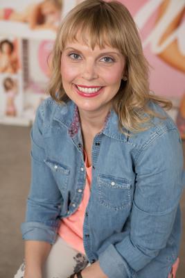 aerie Announces Jenn Rogien, Costume Designer for GIRLS, as Style and Fit Expert, Beginning January 2013