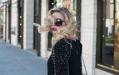LeJolie.com: Fashion within reach with flex-pay and free shipping.  Shop now!   (PRNewsFoto/LeJolie.com)