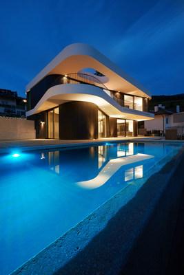 A BIOTOP Infinity Living Pool