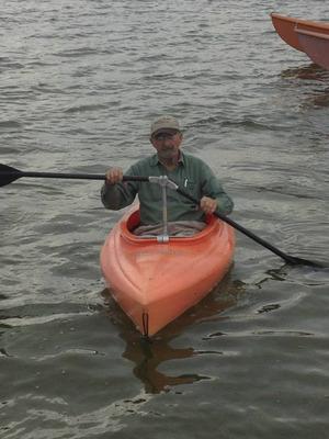 Angle Oar creator, Jim Van Gompel, on Snow Lake in Indiana.  (PRNewsFoto/Angle Oar, LLC)