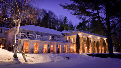 Manoir Hovey, a member of Relais & Chateaux, was built in 1900 and inspired by George Washington's Mount Vernon home. The year round destination is especially enchanting in the winter. Guests enjoy complimentary ice fishing lessons on the frozen lake with a local guide, along with artisanal pizza, cooked on a wood stove on skis, and hot beverages. Cross country skiing, snow shoeing, ice skating, also are available on the property.