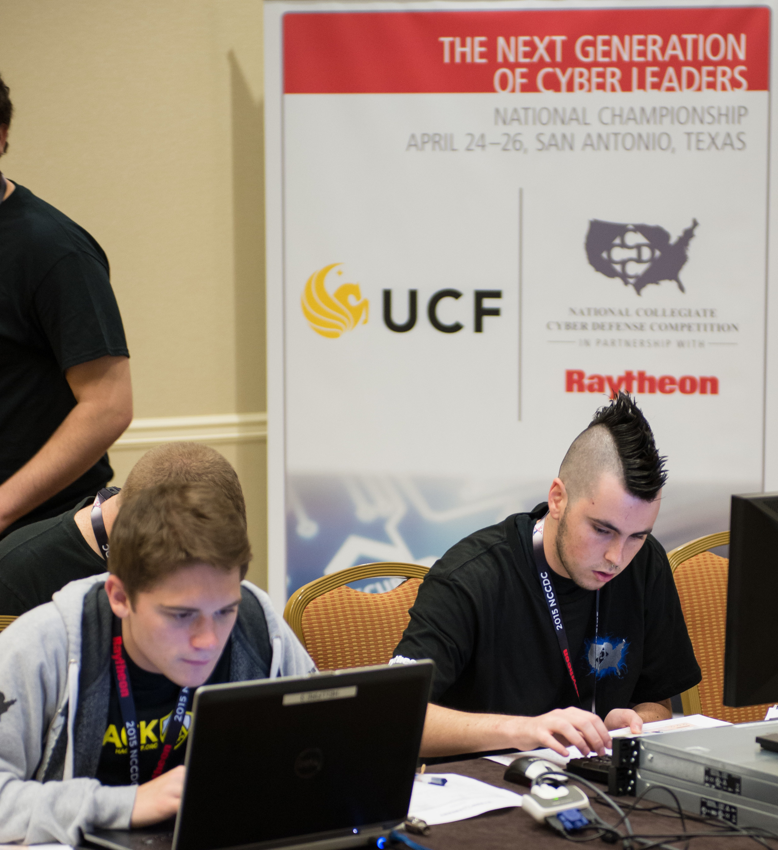 University of Central Florida wins 2015 National Collegiate Cyber Defense Competition