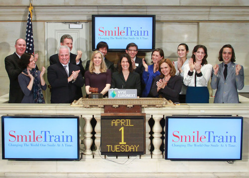 Smile Train CEO Susannah Schaefer, joined by Smile Train staff and supporters, rings the NYSE Closing Bell(R) in anticipation of the organization's one millionth cleft repair surgery.  (PRNewsFoto/Smile Train)