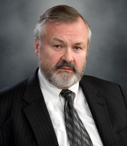 George C. Halvorson.  (PRNewsFoto/Kaiser Permanente)
