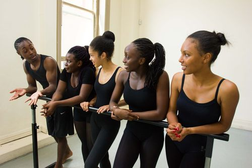 The dancers in class. (PRNewsFoto/Artistry Youth Dance)