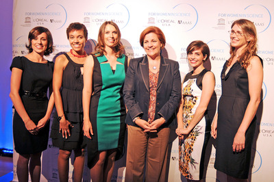 2012 L'Oreal USA For Women In Science Fellows Dr. Jacyln Winter, Dr. Erin Marie Williams, Dr. Joanna Kelley, Dr. Christina Agapakis, Dr. Lilian Childress, with NYC City Council Speaker Christine Quinn (Fourth from left). At the Morgan Library and Museum in NYC on September 13th.  (PRNewsFoto/L'Oreal USA)