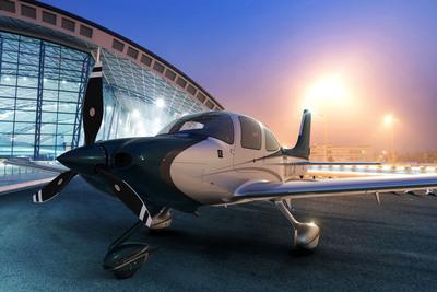 The 2014 Cirrus SR22 shown with the Platinum paint scheme.  (PRNewsFoto/Cirrus Aircraft)