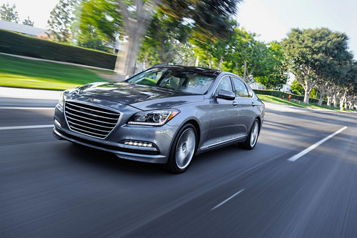 ALL-NEW 2015 HYUNDAI GENESIS DELIVERS GENEROUS PREMIUM CONTENT FOR AN OUTSTANDING VALUE POSITION.  (PRNewsFoto/Hyundai Motor America)
