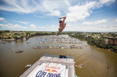 David Colturi of the USA dives from the 90-foot platform during the Red Bull Cliff Diving World Series, Possum Kingdom Lake, Texas, USA on May 30th 2015.v // Romina Amato/Red Bull Content Pool