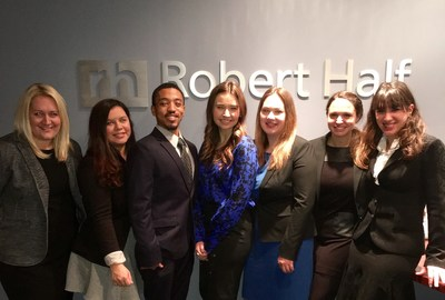 The Robert Half Legal Chicago North Team. From left to right: Kirby Grossman, Monique Cornelio, Anthony May, Katie Hoffman, Jenni Betts, Marisa Sniff and Daisy Chase.