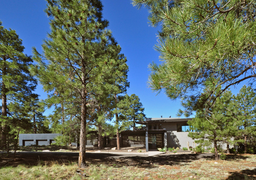Auction May 21st // 96 N Lake Hills Drive, Flagstaff, Arizona // Provided by Concierge Auctions ( www.conciergeauctions.com ) (PRNewsFoto/Concierge Auctions)