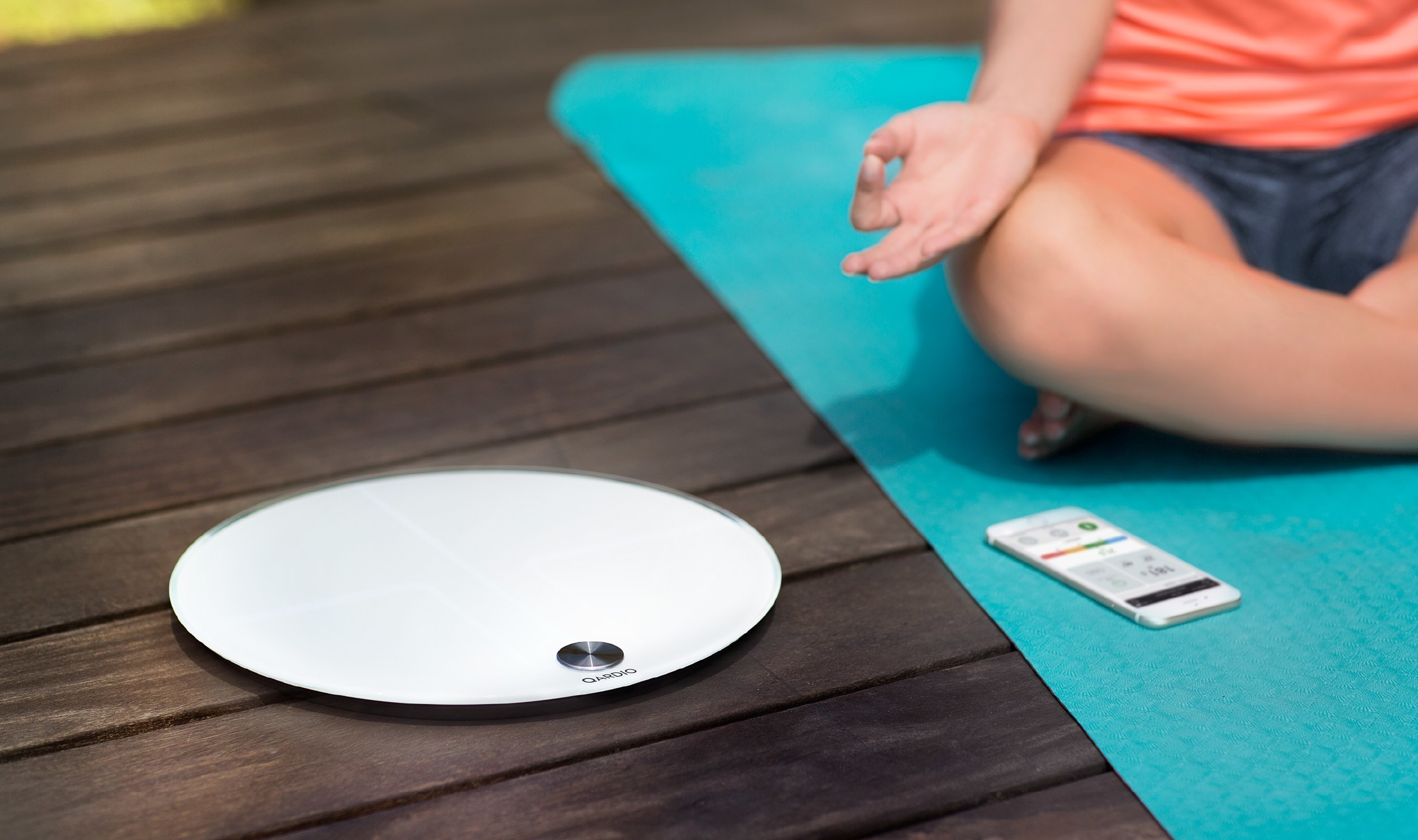 Intelligent Features And Elegant Design Meet For QardioBase Smart Scale And Body Analyzer: The Scale That Knows You Inside Out