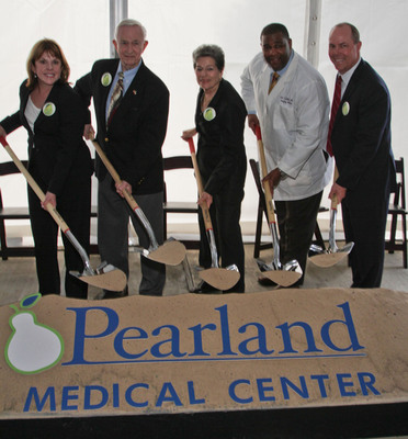 (Left to Right) HCA Gulf Coast Division President Maura Walsh, Mayor of Pearland Tom Reid, Mayor of Manvel Delores Martin, Medical Director of HealthOne 24 Hour Emergency Care – Pearland Earl Miller, M.D., and HCA Gulf Coast Division Chief Financial Officer Jeff Sliwinski get behind a shovel and take the first step in building HCA Affiliated, Pearland Medical Center. (PRNewsFoto/HCA Gulf Coast Division) (PRNewsFoto/HCA GULF COAST DIVISION)