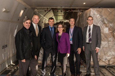 L-R: Bill Wyatt, Port of Portland Executive Director; Curtis Robinhold, Port of Portland Deputy Executive Director; Phillippe LaCamp, Cathay Pacific, Senior Vice President, Americas; Oregon Governor Kate Brown; Keith Leavitt, Port of Portland Chief Commercial Officer; and, Chris Harder, Business Oregon Director.