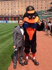 FOX Sportscaster Ken Rosenthal and Baltimore Orioles mascot, the Oriole Bird, wore the LUNGevity bow tie to raise awareness of lung cancer last year - and will do so again this Saturday!
