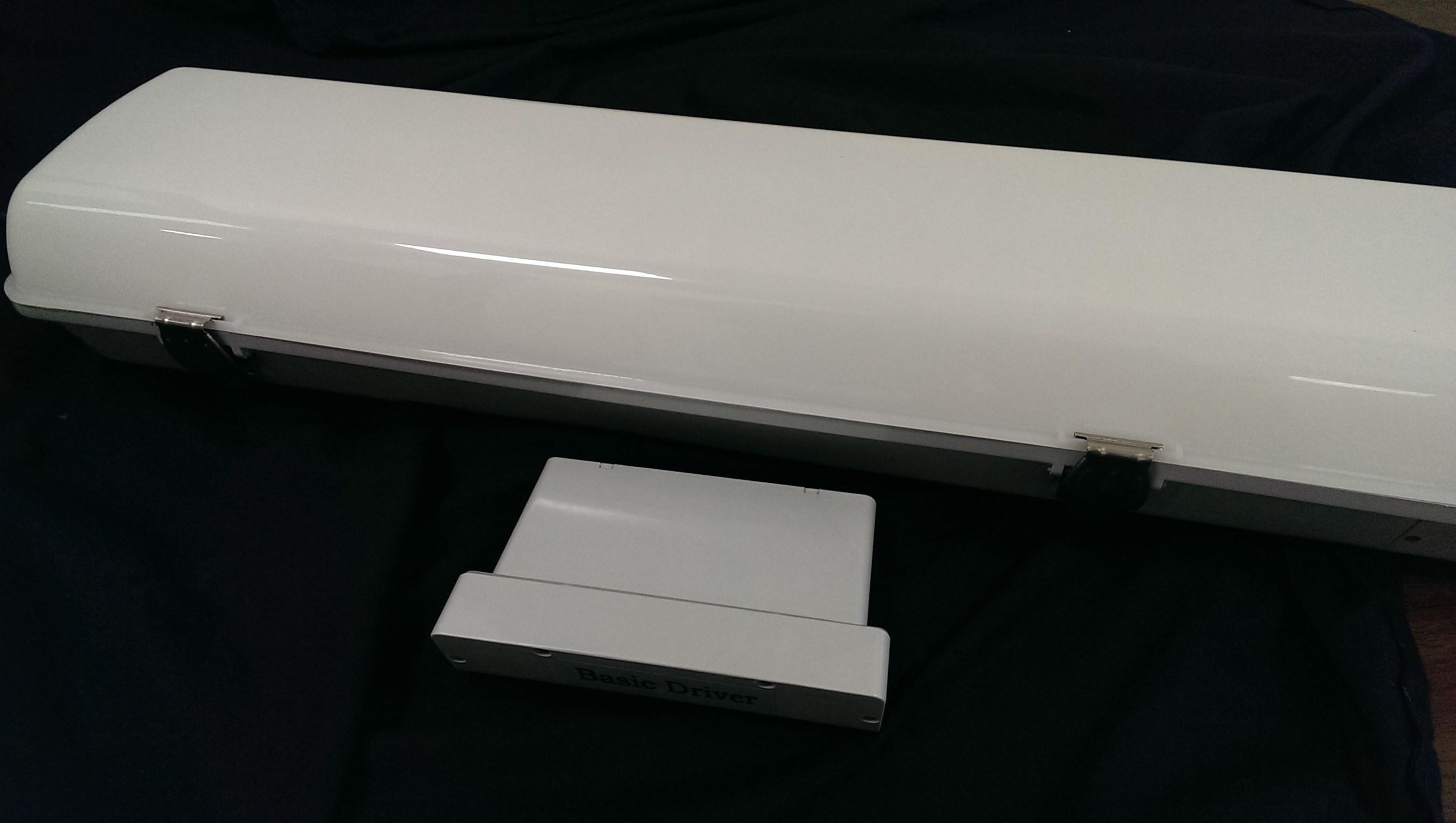 Aleddra Introduces Alegant LED Vapor Tight Fixture