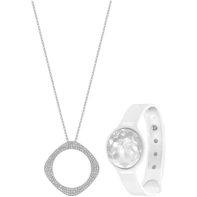 "Swarovski Shine Vio Set. Set composed of Swarovski Shine activity tracker in clear crystal, ""Vio"" pendant with one side in clear crystal pave and the other one in black crystal pave, and a white silicone sport band."