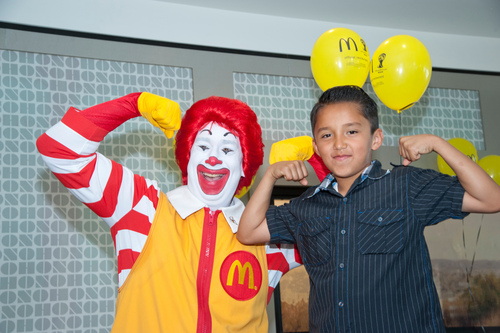 Jacob with Ronald McDonald. (PRNewsFoto/McDonald's of Southern Calif...)