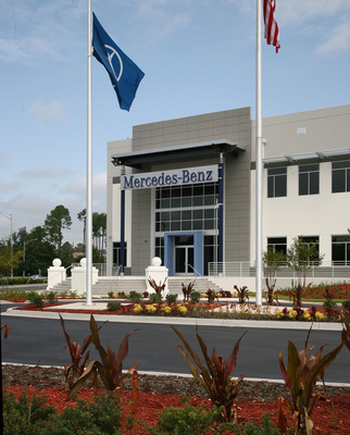 Mercedes benz usa officially opens new 415 000 sq ft for Mercedes benz of jacksonville