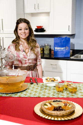 Walmart and TV Host & Cookbook Author Chef Marcela Valladolid Offer Tips for Stretching the Dollar