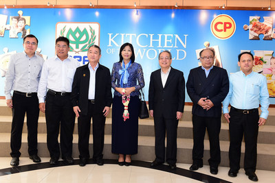 *H.E. Eat Sophea *(Center), Cambodian Ambassador to Thailand visits Charoen Pokphand Foods PCL. (CPF)'s Chicken Processing Plant in NakhonRatchasima welcomed by *Mr. Veerachai Ratanabanchuen* (4th left), Deputy CEO to witness high standard of chicken processing & its practices to Cambodian workers. CPF has committed to hire migrant workers on fair, legal basis based on the humanitarian principles.