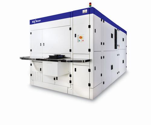 KLA-Tencor's Teron(TM) SL650 reticle inspection system for IC fabs (PRNewsFoto/KLA-Tencor Corporation)