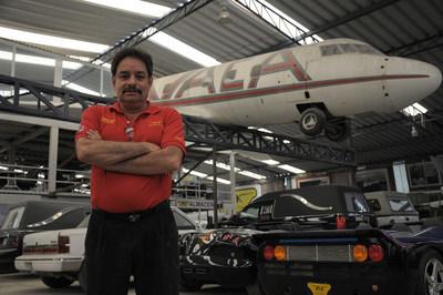 Martin Vaca, protagonist of Discovery en Espanol series MEXICANICOS. Mondays @10PM E/P.