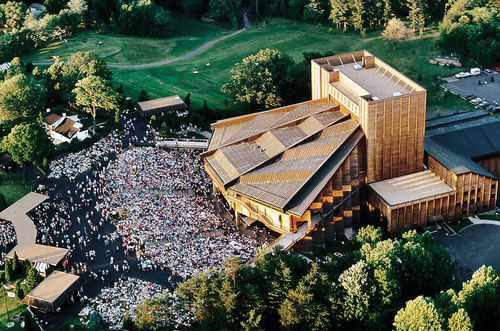 Filene Center at Wolf Trap National Park for the Performing Arts.  (PRNewsFoto/Wolf Trap Foundation for the ...