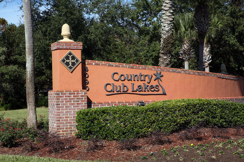 Jacksonville's Country Club Lakes. (PRNewsFoto/GoldOller Real Estate Investments, LLC) ...
