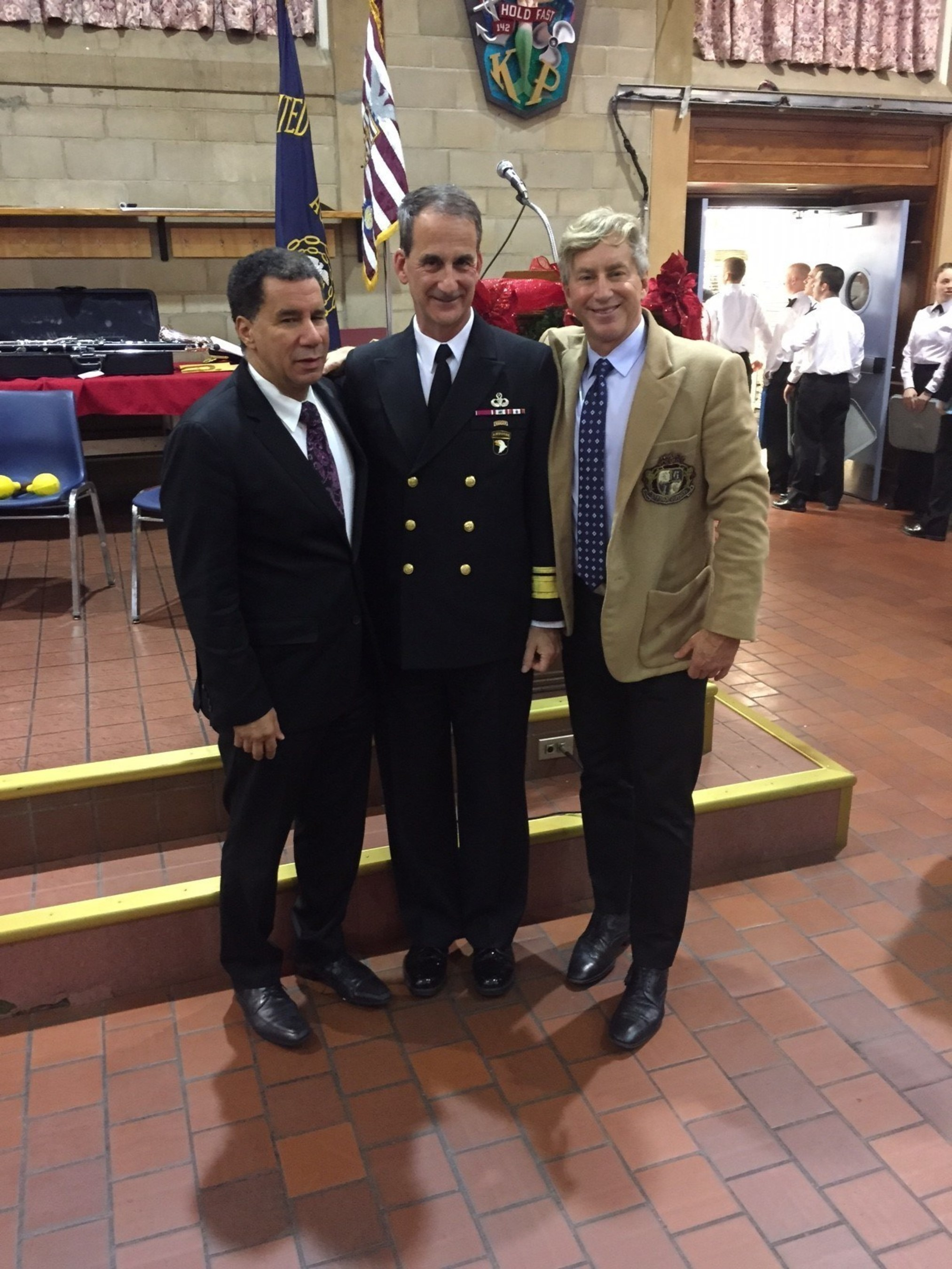 Former Governor David Patterson and Eric Braverman, MD present the Braverman Emergency Medical Service Award to Admiral James Helis. (L to R: Former Governor David Patterson, Admiral James Helis, and Eric Braverman, MD)