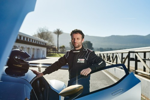 Castrol EDGE Titanium Trials #CloneRival: Supercar racers take on fastest driving trial yet. Challenged on the ...
