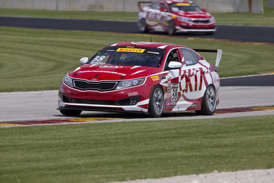 Defending Manufacturer Champion, Kia returns to Mid-Ohio Sports Car Course for Pirelli World Challenge action.