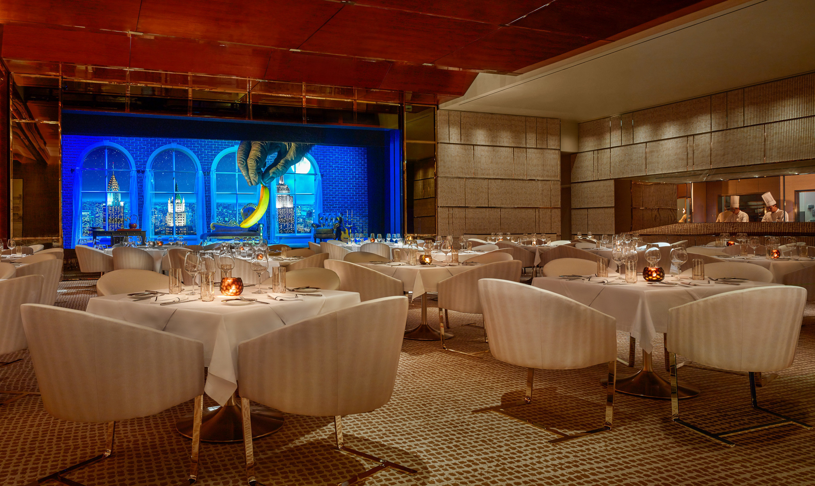 Bearing the initials of Steve Wynn himself, the resort's steakhouse, SW, has a suitably masculine, understated atmosphere.