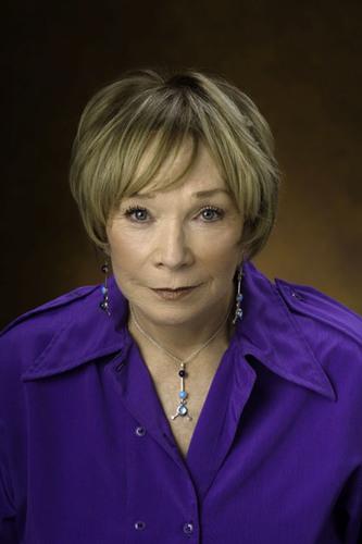 Shirley MacLaine to Receive 40th AFI Life Achievement Award