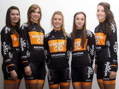 From left to right: Amy Roberts, Joanna Rowsell, Laura Trott, Elinor Barker, Dani King. Image: Honda Wiggle. (PRNewsFoto/Wiggle)