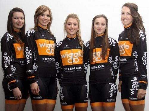 From left to right: Amy Roberts, Joanna Rowsell, Laura Trott, Elinor Barker, Dani King. Image: Honda Wiggle. ...