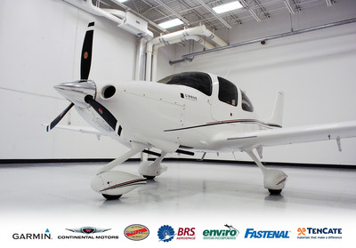A Cirrus Aircraft SR20 that is part of the company's JumpStart Program, a collaboration between Cirrus, its largest vendor suppliers and Cirrus flight training partners.  (PRNewsFoto/Cirrus Aircraft)